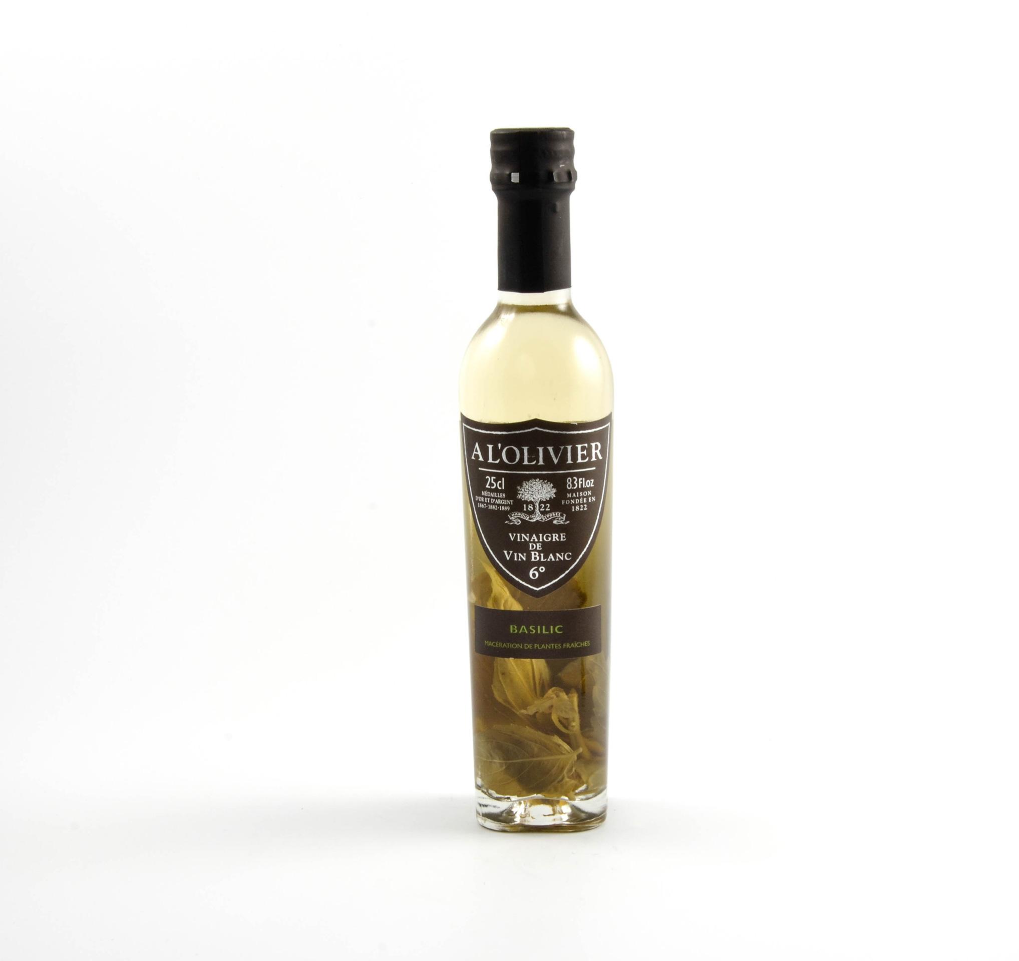 Vinaigre de vin blanc au basilic maison lemaitre - Vinaigre blanc contre les puces ...